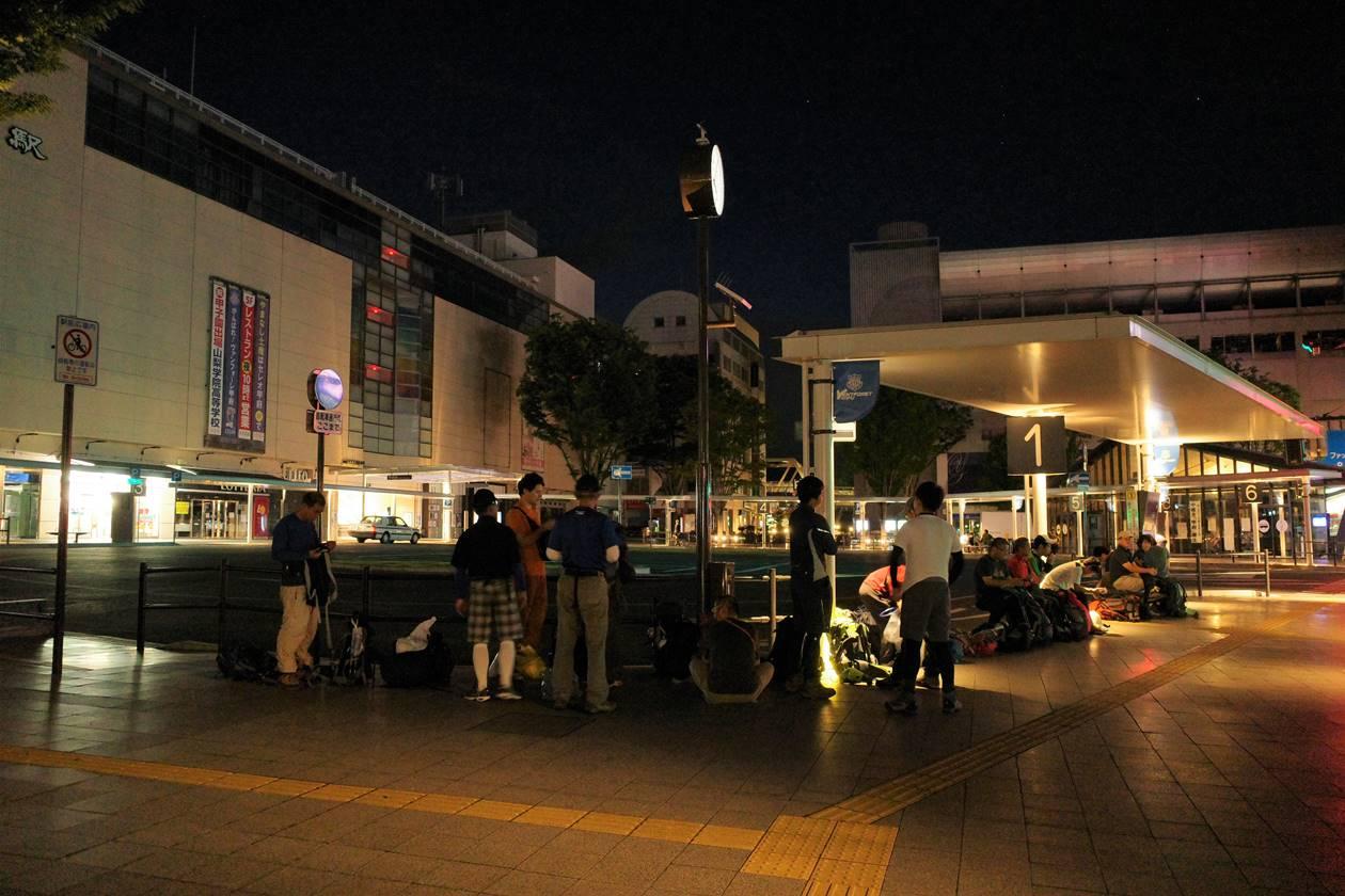 甲府駅発広河原行きバス乗り場