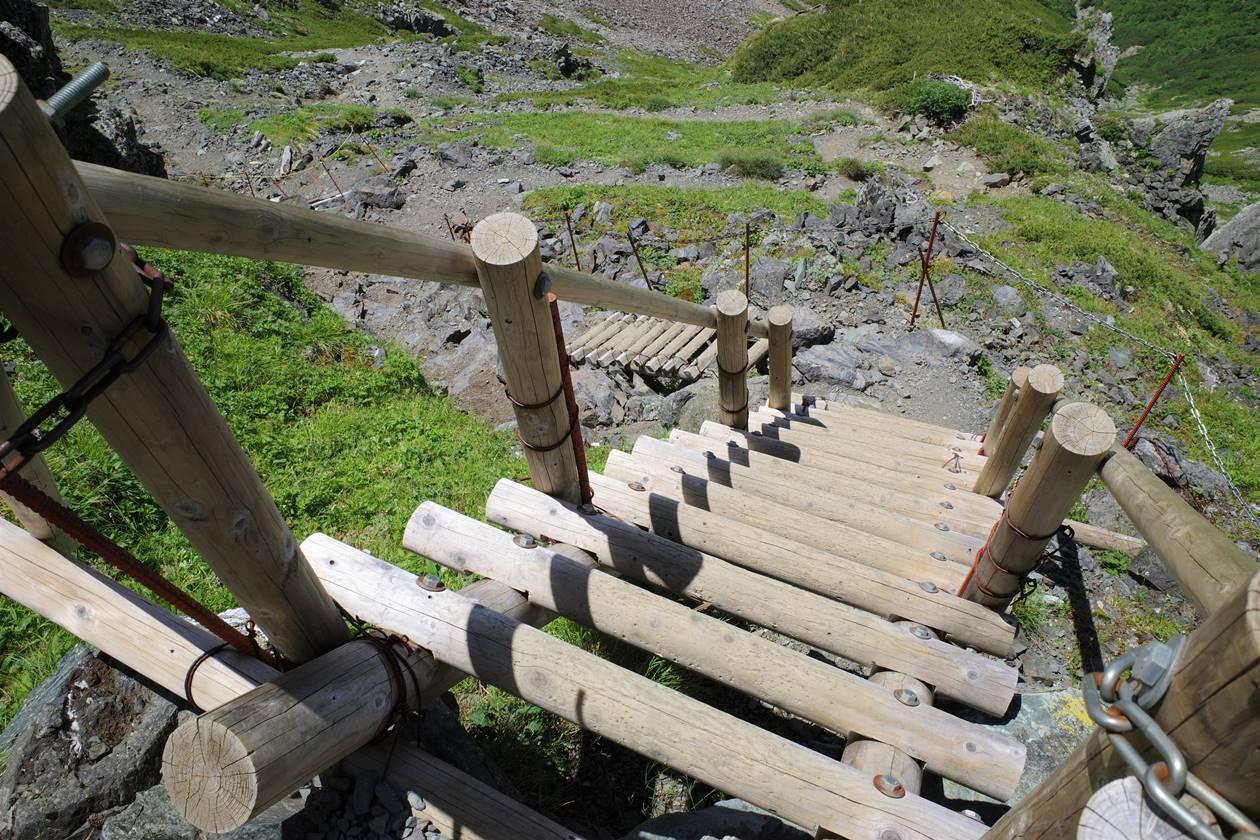 北岳登山 稜線の階段