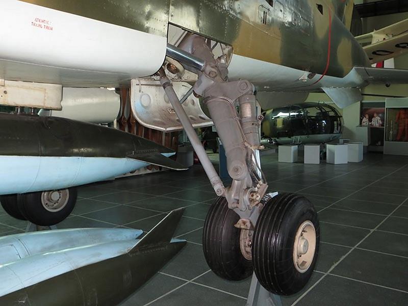 IAR-93A Vultur_05