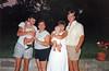 Unser Besuch in den USA 1989. Im Bild Erhard mit Lindas Sohn, Linda, Sigrid mit Franks Tochter, Frank.