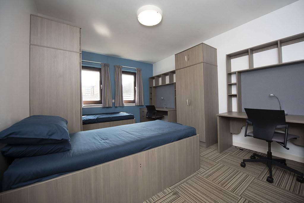 Cairncross House Twin Room