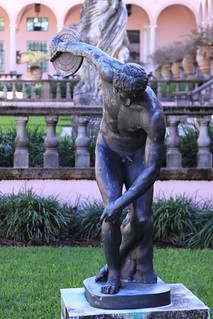 statue at courtyard of John & Mable Ringling museum