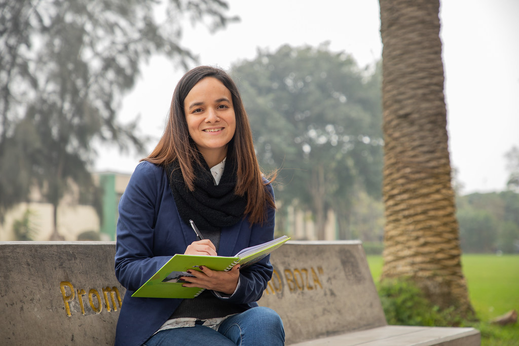 Adriana Brenis, Talento de Beca Presidente