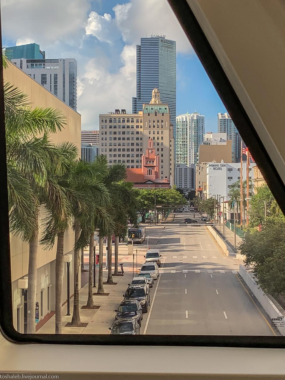 Miami_transit_park_market-10