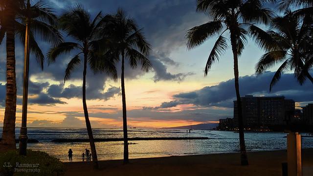Waikiki Sunset - Honolulu, Oahu, Hawaii