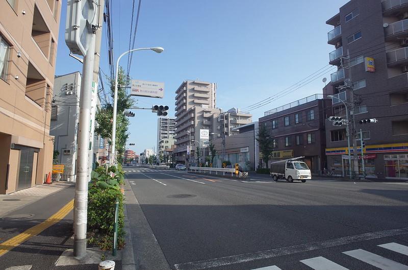 RICOH GRⅡ+ワイドコンバージョンレンズ21mm偽 東京いい道 志茂銀座 志茂駅前北本通り