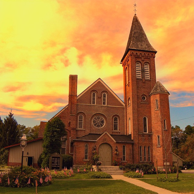 Middlebury New York - Village of Warsaw - The  First Baptist Church of Middlebury  - Historic - Wyoming  New York-  Gaslight Village -