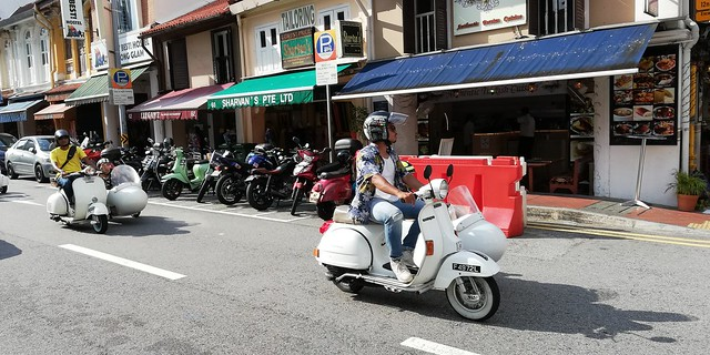 sightseeing in scooters
