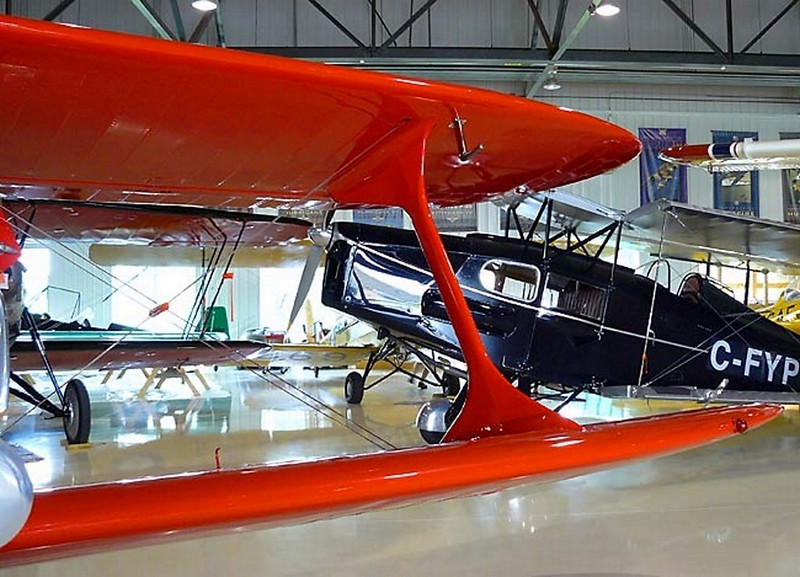 Beechcraft Staggerwing D-17 7