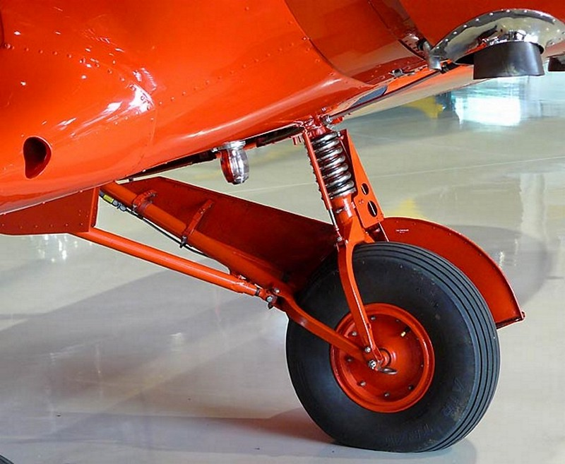 Beechcraft Staggerwing D-17 4