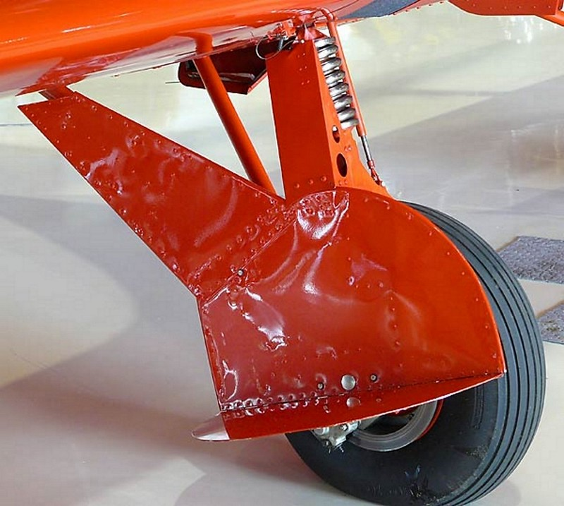 Beechcraft Staggerwing D-17 5