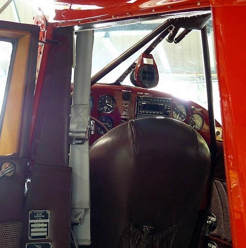 Beechcraft Staggerwing D-17 9
