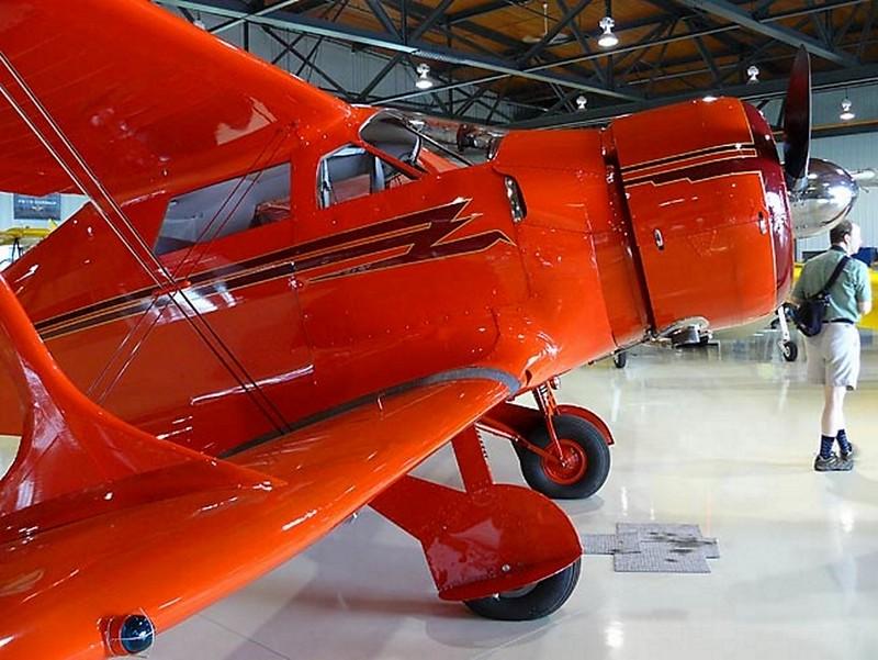 Beechcraft Staggerwing D-17 3