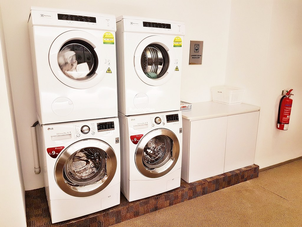 Grand Copthorne Waterfront 12 - Self-Service Laundromat