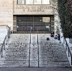 #Buongiorno Sapienza e #buonsabato con una foto dell'Edificio di Economia di @myromaphoto ・・・ #Repost: «SACER ET MAGNVS VATVM LABOR OMNIA FATO ERIPIT :camera: @fededep_8» ・・・ #repostSapienza #ImmaginiDallaSapienza di #studentiSapienza #EdLettere_Sapienza