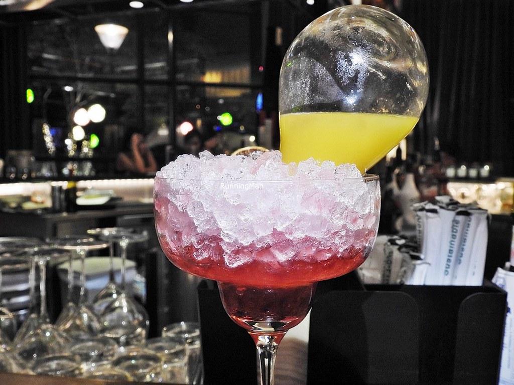 Cocktail Mango Mania