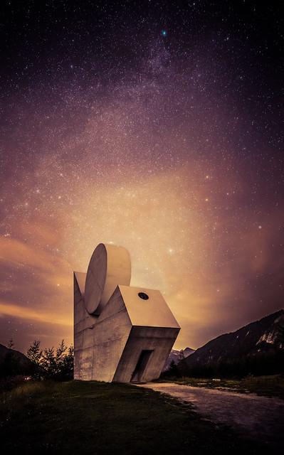 Monument national à  la Résistance sous les étoiles