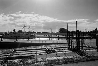 Neuharlingersiel harbour - the ferry to Spiekeroog