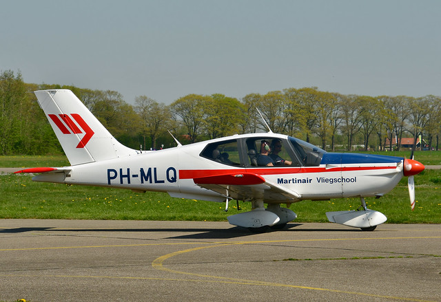 PH-MLQ Socata TB-10 cn 2155 Martinair Vliegschool 190421 Teuge 1001