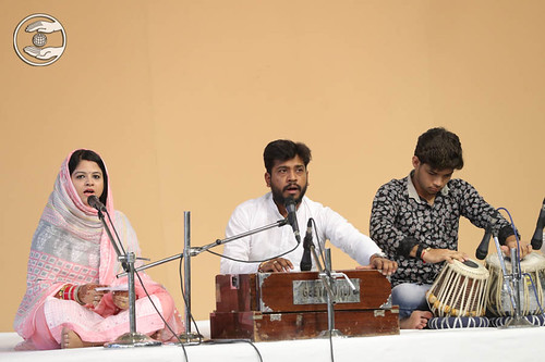 Devotional song by Sudanshu and Sathi, Palwal