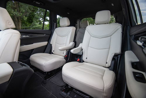 2020 Cadillac XT6 Sport Photo