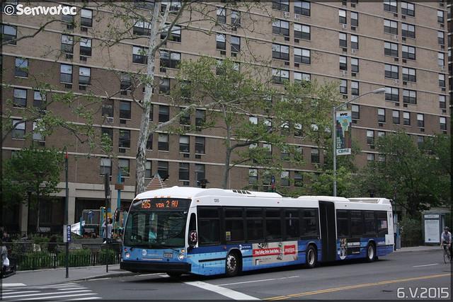 Novabus LFS Articulé – New York City Bus / MTA (Metropolitan Transportation Authority) n°1285
