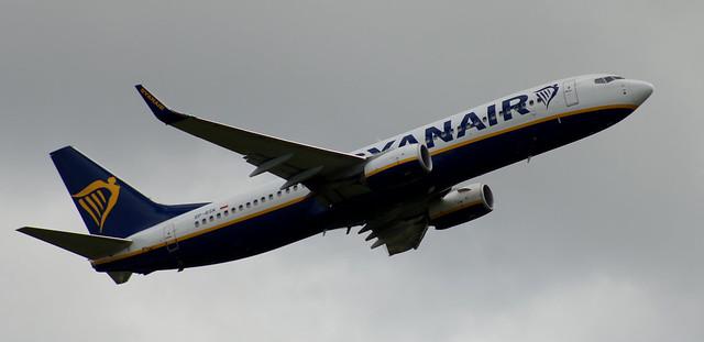 Boeing 737: 44847 SP-RSK 737-8AS(WL) Ryanair Newcastle Airport