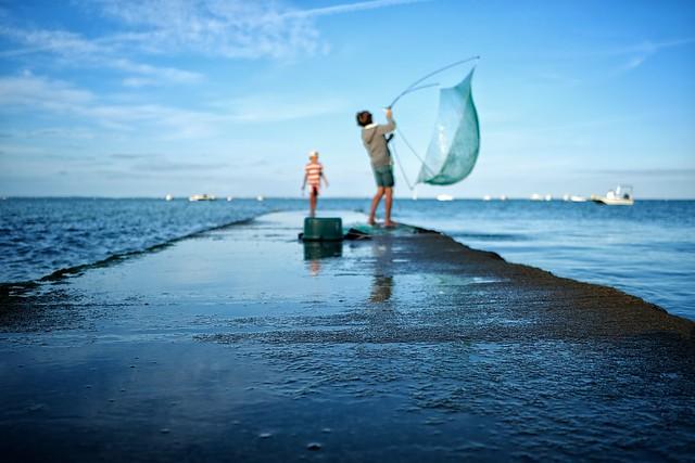 Pêche miraculeuse. Jetée de Mardi Gras. Noirmoutier.