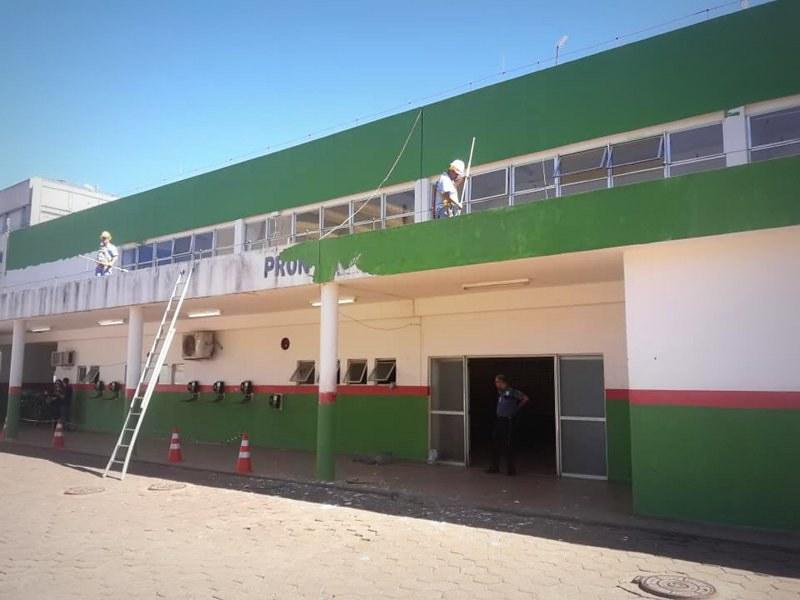Hospital do Gama ganha pintura da sociedade civil