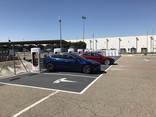 Primeros pagos de electricidad tras 13.651 km en un Tesla Model 3