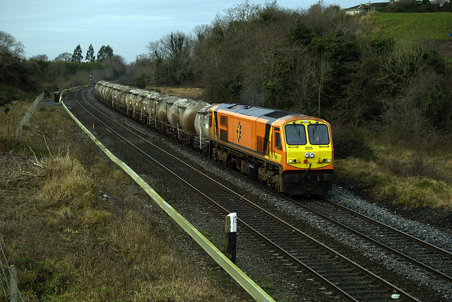 205 on Tullamore-Northwall empty cement at MP17 19-Dec-08