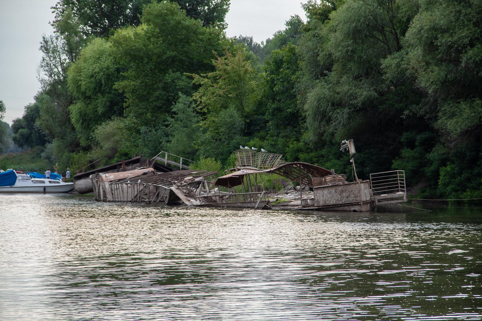 Évtizedes rohadás vár a Szőke Tiszára, nem méltó halál