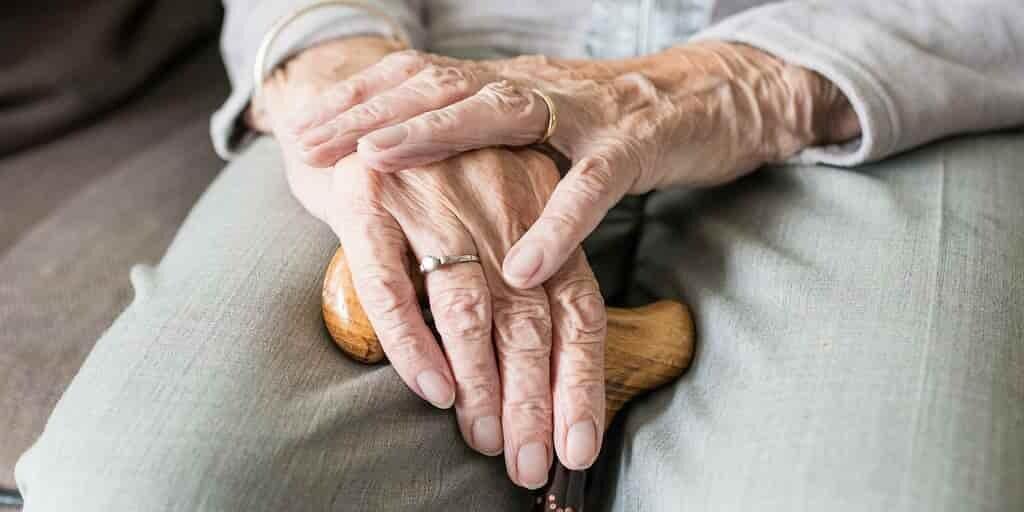 Douleurs arthrosiques : le rôle-clé du fluide lubrifiant articulaire