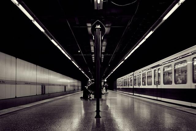 Centered - or: Underground stories
