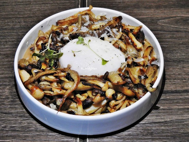 Roasted Mushrooms With Egg Confit