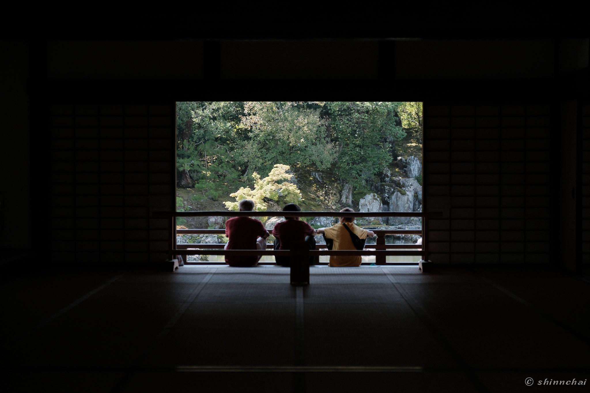 ズームレンズ 単焦点レンズ 比較画像 画質 京都 寺院