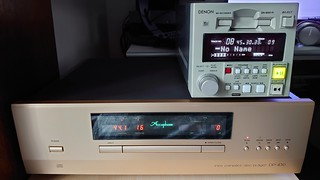 Accuphase DP-430 CD player and DAC for external inputs
