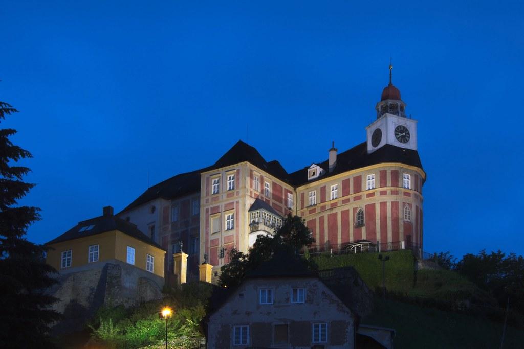 Javorník / Jauernig, Schloss Jánský Vrch / Schloss Johannesberg