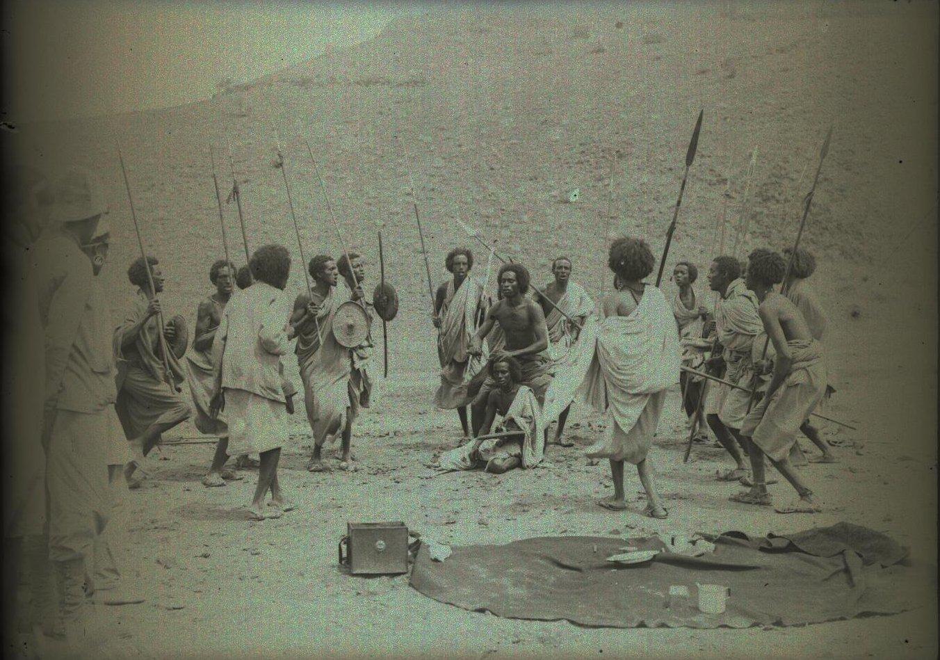 144. В сомалийской пустыне. Мордале. Бурома (2)