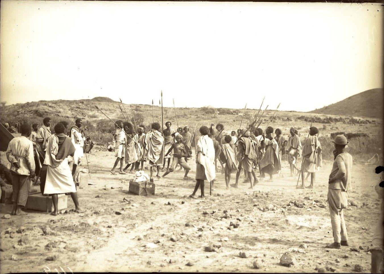 142. В сомалийской пустыне. Мордале. Бурома