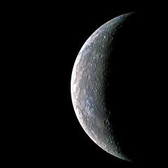 Messenger Space Craft : Crescent Mercury
