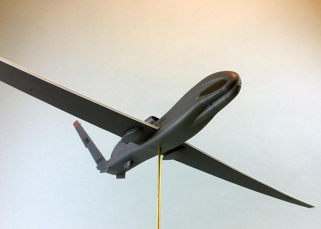 48 Global Hawk 40