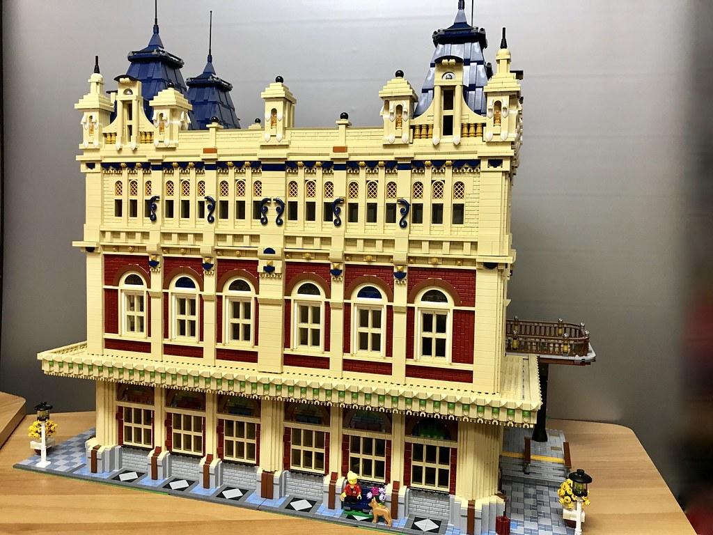 Luxus Building of ESC-City