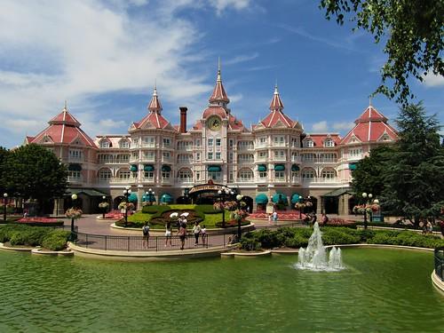 Disneyland Hotel in Paris