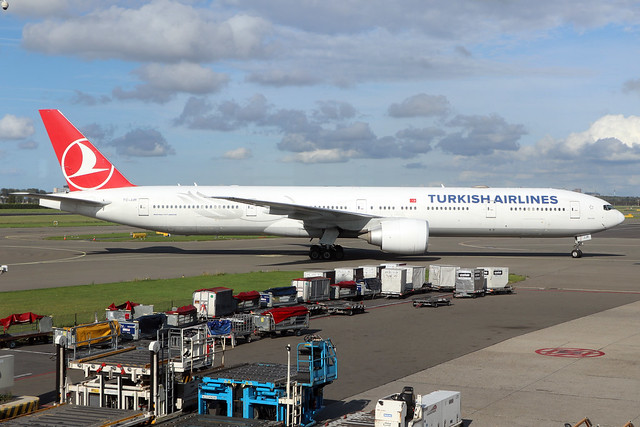 TC-JJR  -  Boeing 777-3F2(ER)  -  Turkish Airlines  -  AMS/EHAM 18-8-19