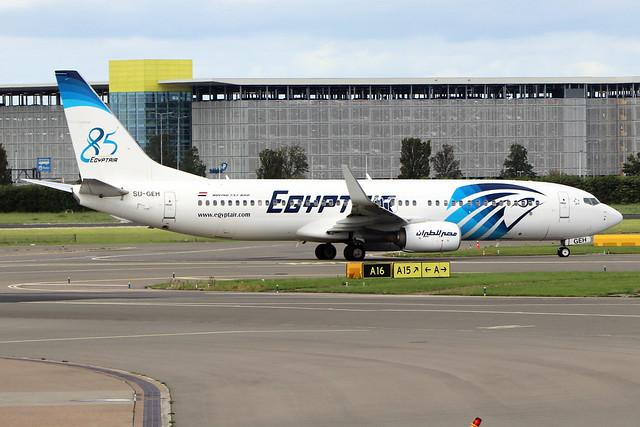SU-GEH  -  Boeing 737-866 (WL)  -  Egypt Air  -  AMS/EHAM 18/8/19