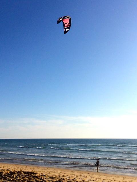 Kite-surfer au départ