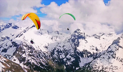 FRANCE - Alps - Two paragliding