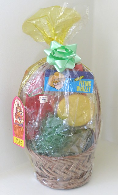 Vintage Brown & Haley Easter Basket - circa 1970s