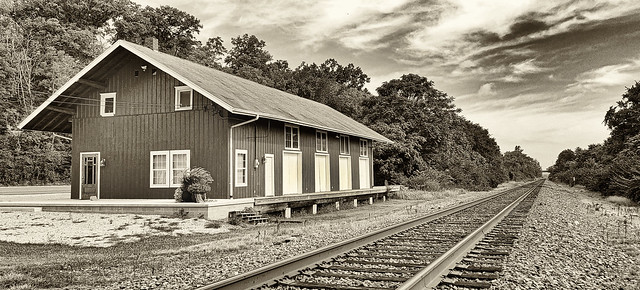 Railway station at Linden Ave. in Miamisburg, OH